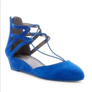 Kenneth Cole Reaction Why Not Wedge Suede Flat